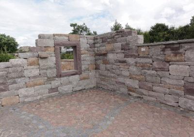 Santuro-Landhausmauer unregelmäßiges Wechselschichtmauerwerk